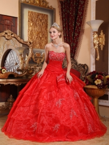 Red Ball Gown Ruffled Layers Quinceanera Dresses Appliques
