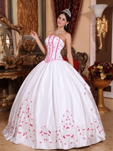 Embroidery Pink and White Quinceanera Ball Gowns Beading