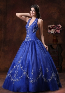 Royal Blue Halter Quinceanera Dresses Embroidery Organza