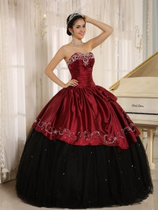 Black Wine Red Sweet 16th Dress Beaded Strapless Embroidery