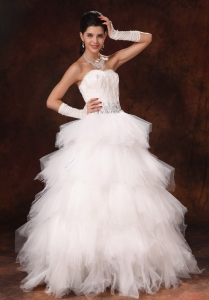 Feather Ruffles Beaded Wedding Dresses Tulle Sweetheart