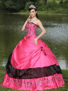 Quinceanera Dress Hand Made Flowers Embroidery Hot Pink