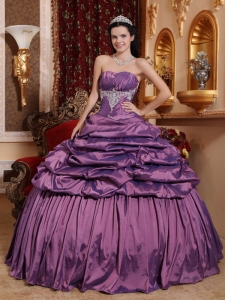 Purple Pick-ups Quinceanera Dress Taffeta Appliques Ball Gown