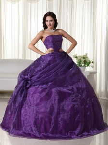 Ball Gown Dress for Quinceanera Purple Strapless Tulle Beading