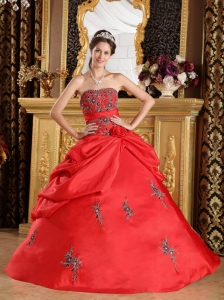 Taffeta Quinceanera Dress Red Ball Gown Embroidery Strapless