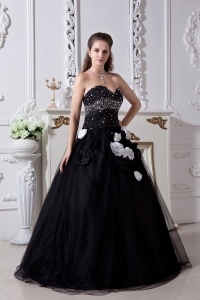 Prom Dress Black Sweetheart Beading Hand Made Flowers Organza