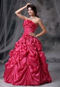 Hand Made Flowers Pick-ups Ruched Strapless Quinceanera Gowns