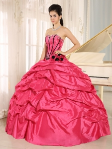 Hand Made Flowers Quinces Dress for Sweet 16 Hot Pink Pick-ups