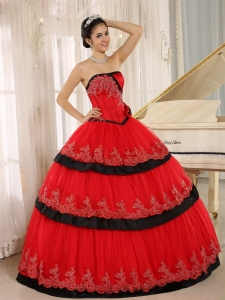 Red Pretty Appliques Hand Made Flowers Quinceanera Dress