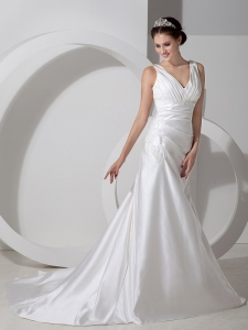 Sweet V-neck Court Train Satin Ruch Appliques Wedding Dress