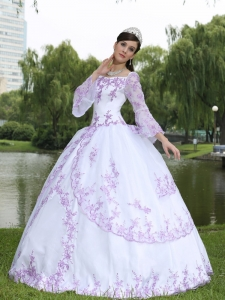 Wholesale Embroidery Long Sleeves Sweet 16 Party Dress