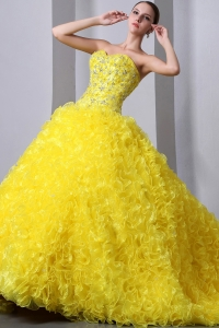 Ruffled Organza Quinces Dresses Yellow Brush Train Beading