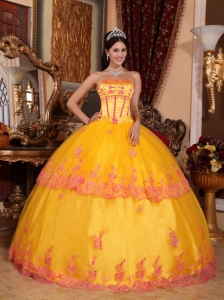 Gold Ball Gown Strapless Lace Appliques Quinceanera Dress