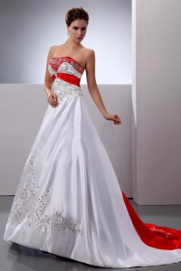 White and Red Wedding Dress Embroidery Beading Court Train
