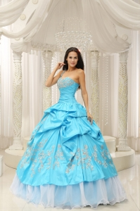 Aqua One Shoulder Embroidery Decorate Quinceanera Dress Organza