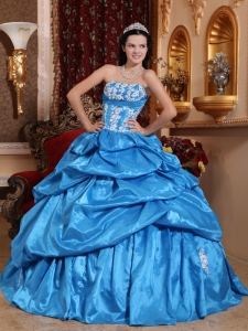 Baby Blue Strapless Taffeta Appliques Quinceanera Dress