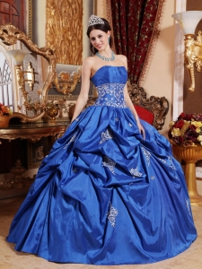 Blue Ball Gown Strapless Taffeta Appliques Quinceanera Dress