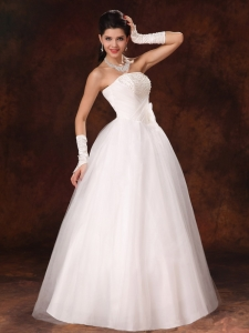 Bowknot Organza Strapless A-Line Garden Wedding Gowns in 2013