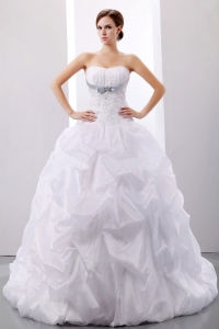 Puffy Wedding Dress Appliques and Pick-ups Court Train