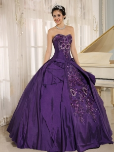 Purple Pretty Embroidery Quinceanera Dress Sweetheart Ball Gown
