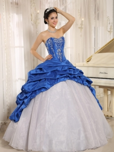 Blue and White 15th birthday party Dress With Embroidery Pick-ups