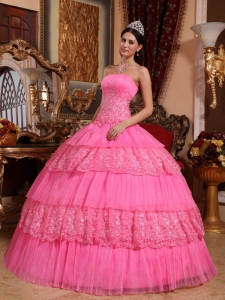 Rose Pink Organza Lace Appliques Edge Quinceanera Ball Gowns