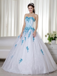 Sweetheart White Organza Dress Blue Appliques Quinces Dresses