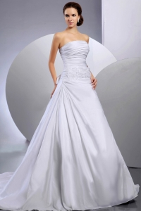 Wedding Dress Appliques Ruching A-line Court Train