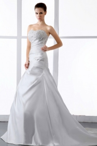 Gorgeous Wedding Dress Appliques A-line Court Train Satin