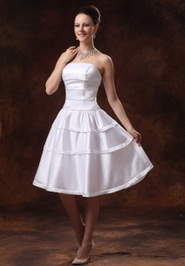 Taffeta A-line Knee-length Bridesmarid Dress Custom Made