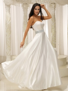 Elastic Woven Sweetherat Wedding Gown Beaded