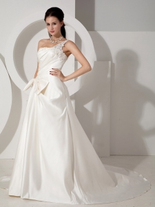 A-line Wedding Dress Court Train Satin Appliques Ruch