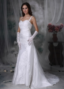 Wide Straps Brush Train Organza Appliques Wedding Dress