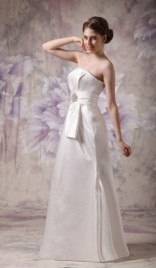 White Column Strapless Taffeta Beading Wedding Dress