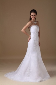 Beautiful A-line Strapless Brush Train Taffeta Lace Wedding Dress