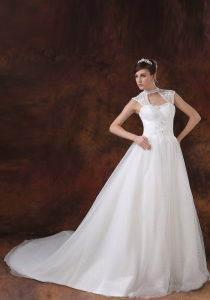 High Neckline White Organza Appliques Wedding Dress