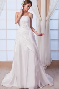 Empire Strapless Court Train Chiffon Appliques Wedding Dress