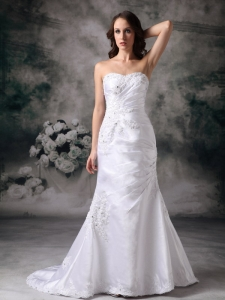 Sweetheart Brush Train Satin Appliques Wedding Bridal Gown