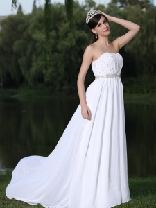 Clearence For Wedding Dress With Strapless Sweep Chiffon