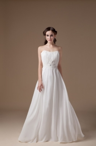 Popular Empire Strapless Floor-lengthTulle Appliques Wedding Dress