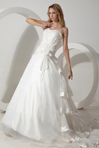 Simple A-line Straps Organza Hand Made Flowers Wedding Dress