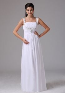 Simple Straps Ruched Bodice and Appliques Decorate Wedding Dress