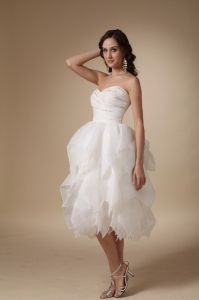Sweetheart Tea-length Beading Taffeta and Organza Bridal Gown