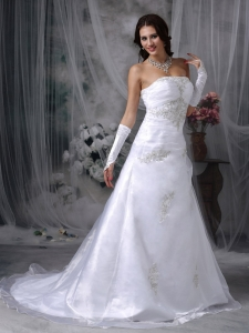 Strapless Wedding Dress Court Train Organza Appliques