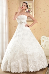 Ball Gown Wedding Dress Strapless Floor-length Satin Beading