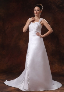 Luxurious Straps Court Train Wedding Dress Embroidery