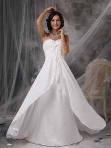 Modest Sweetheart Court Train Chiffon Appliques Wedding Dress