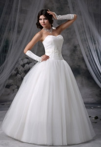 Appliques Beading Sweetheart Neckline Wedding Dress