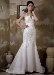 Mermaid Strapless Court Train Appliques Wedding Dress