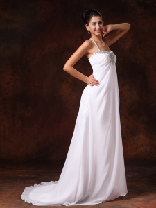Halter Top Court Train Empire Wedding Dress Appliques